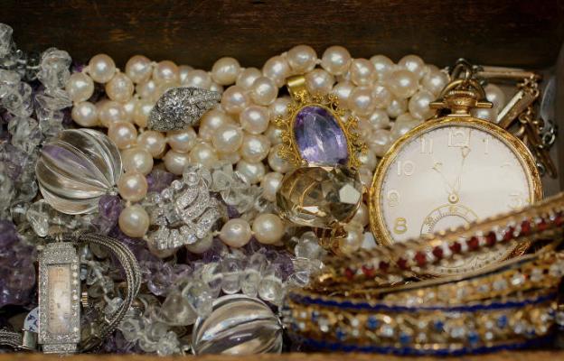 Pippin_Vintage_Jewelry___Pippin_Vintage_Jewelry